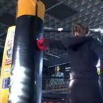 В спортзале «Хулиган» прошли соревнования по силе удара на профессиональной киктест груше!